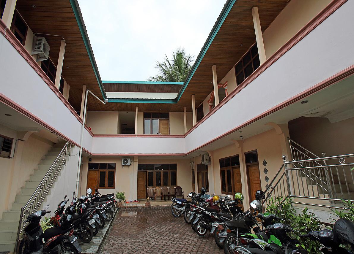 Nias Palace Hotel