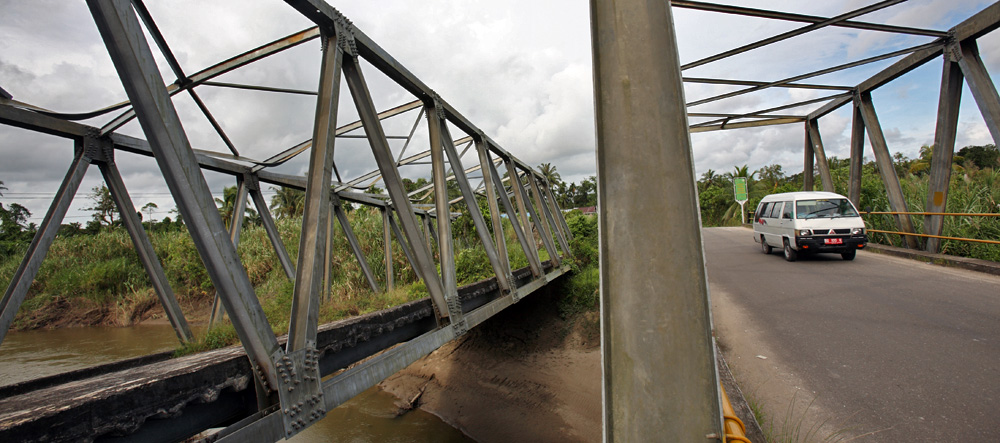 Bridges over river Muzoi North Nias