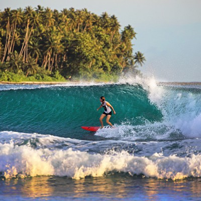 A bit of low-season wave action at Sorake, Lagundri Bay. Photo by Bjorn Svensson.