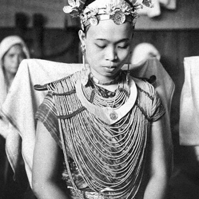 Nias girl in wedding dress. Tropenmuseum Collection.