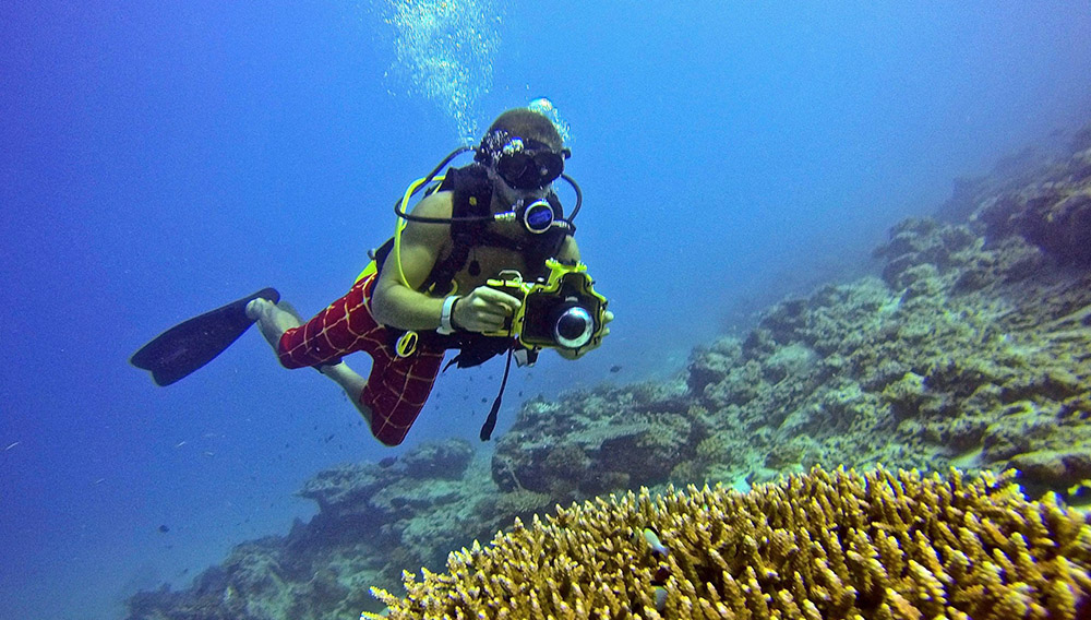 Scuba diving with Marcelo from Puri Asu Resort, currently the only place on Nias that offers Scuba Diving.