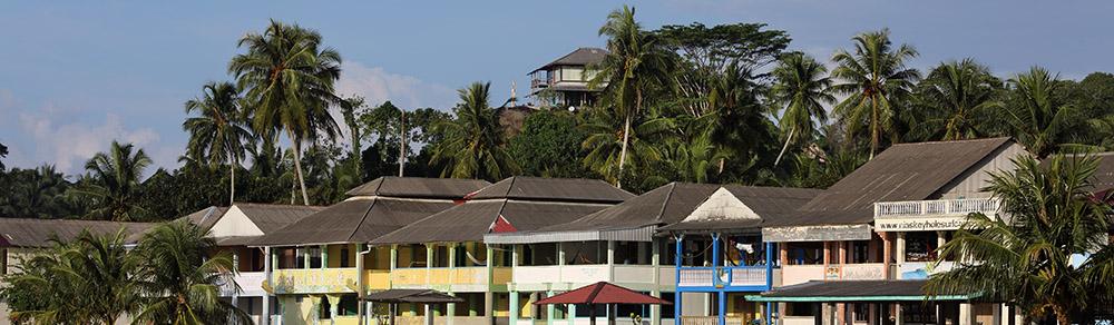 Sorake-beach-guesthouses