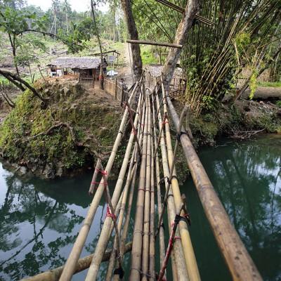 Kara Sangadulo (Batu bertelur), a famous place in Nias Utara where, according to legend egg-shaped rocks are born from a river bank