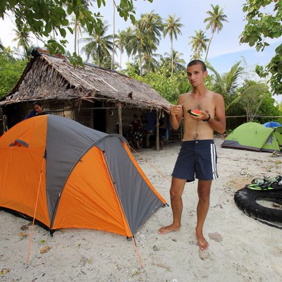 Camping trip to Wunga Island, North Nias.
