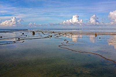 Lagundri-bay-w