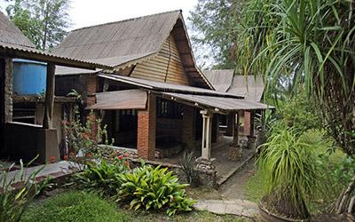 MIGA BEACH RESORT - Jalan Diponegoro 507